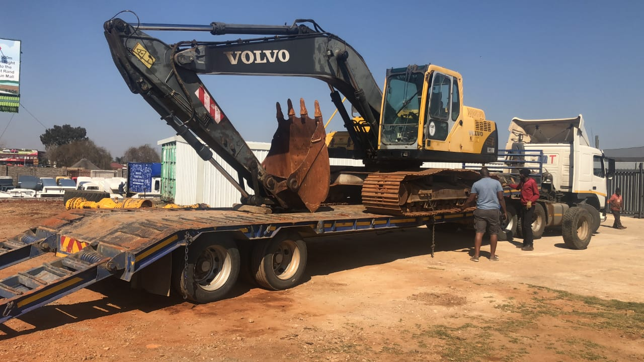 Machinery Parts Mail: Volvo Ec210 Stripping We Do Have All Volvo Machinery Parts