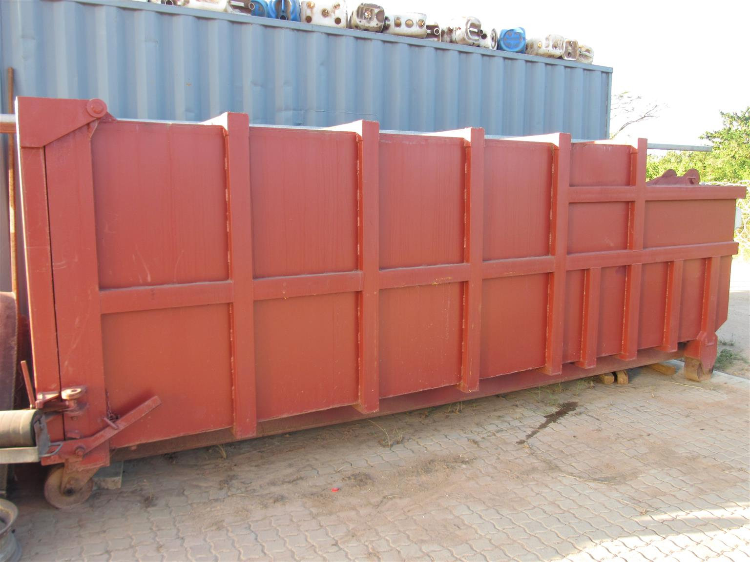COMPACTOR BODY FOR SALE
