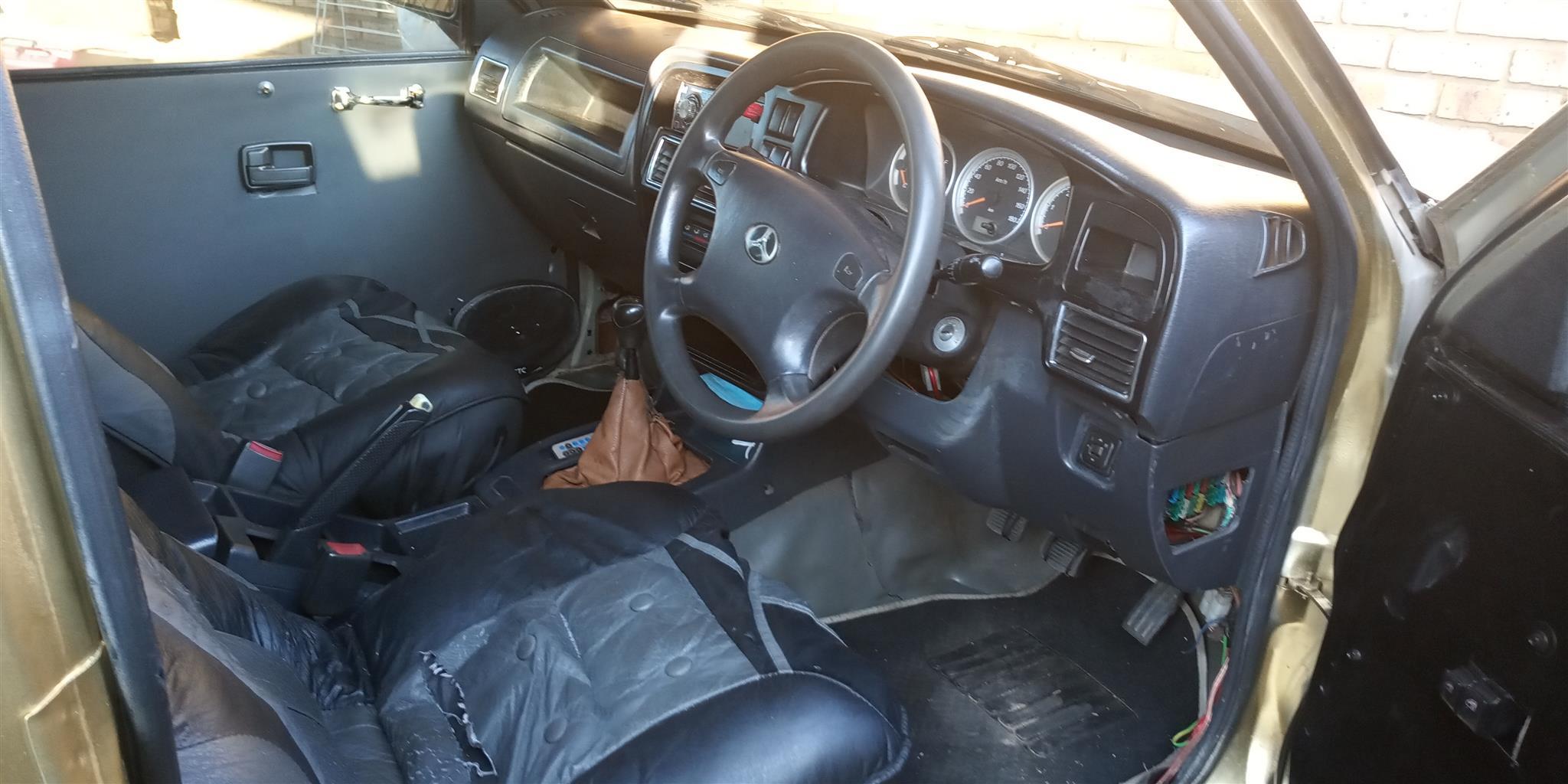 2010 CAM Rhino 2.2i Luxury
