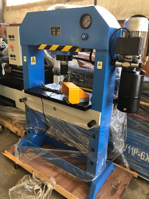 Press, Hydraulic Press, H-Frame, Cap: 50Ton, Brand New