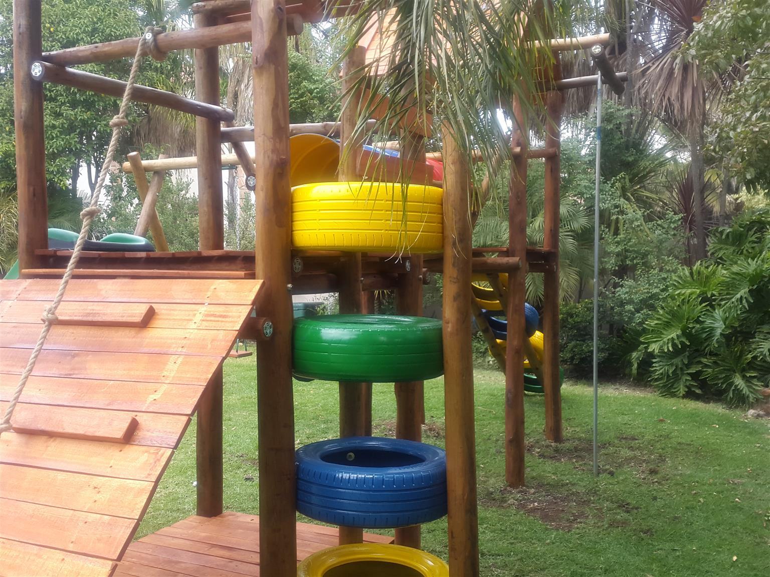 New jungle gym R11 400 free installation ex del