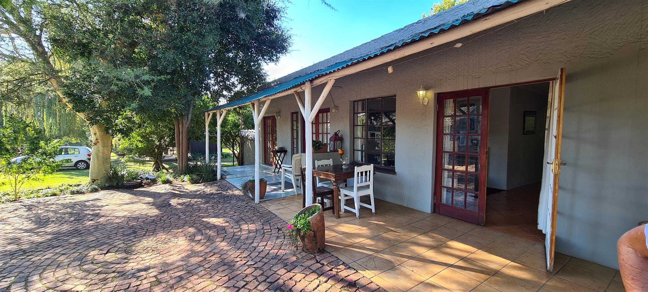 Garden cottage fully furnished