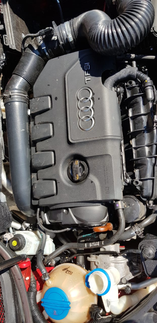 AUDI A3 SPORTBACK 1.8 TFSI 2013 STRIPPING FOR SPARES