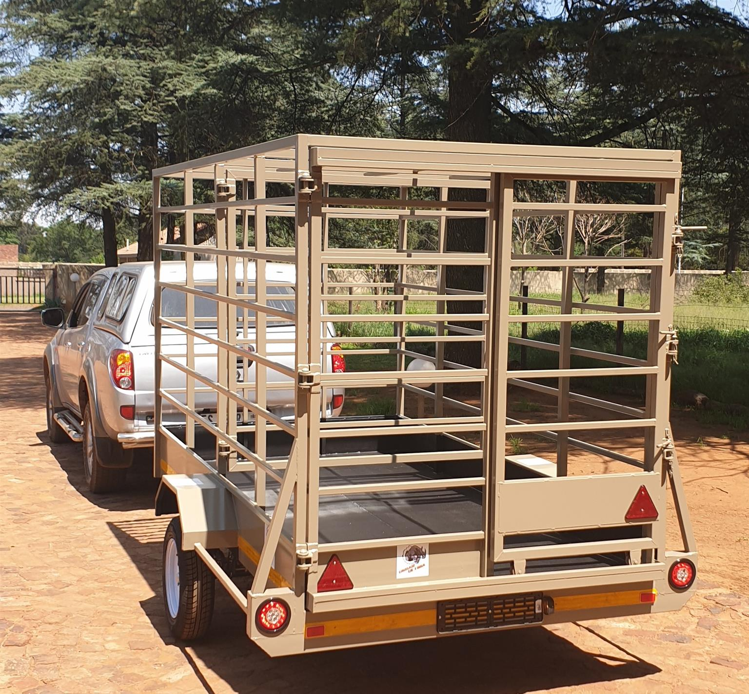 3 meter cattle trailer R19999