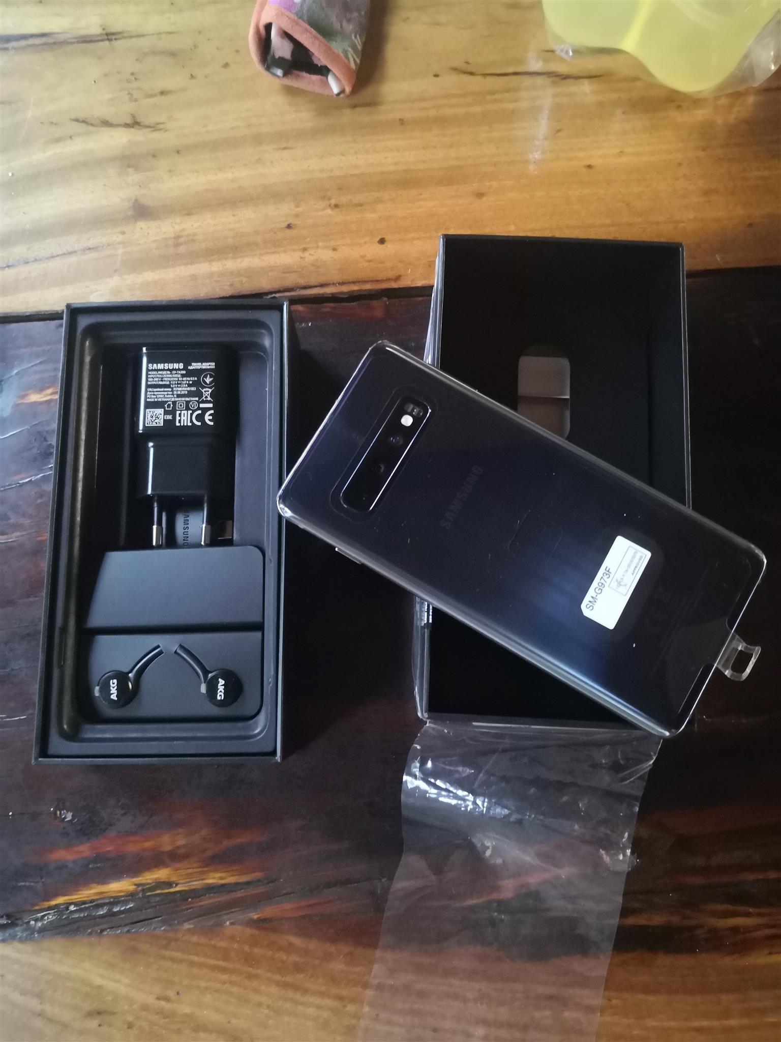 Samsung galaxy s10 128gig