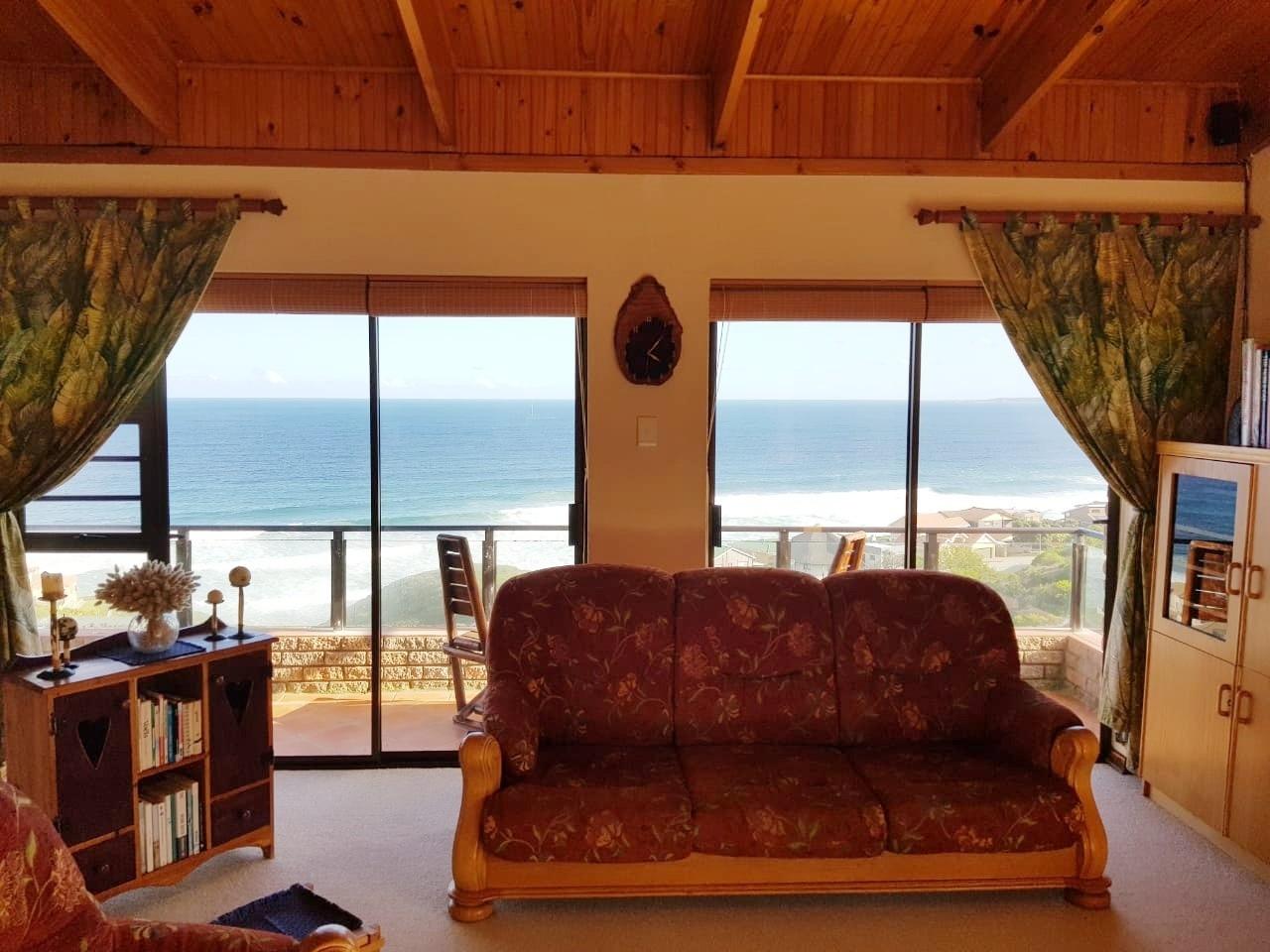 House For Sale in Dana Bay