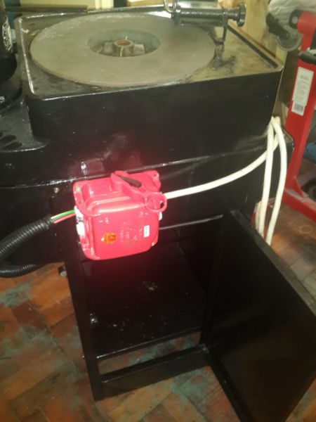 Surface Grinder with water cooling on cabinet Industrial slow running