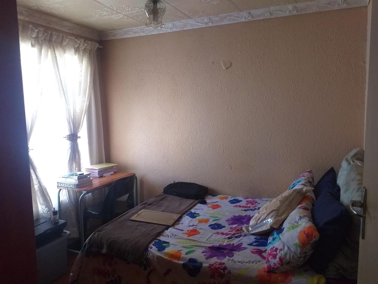 House For Sale in Tsakane