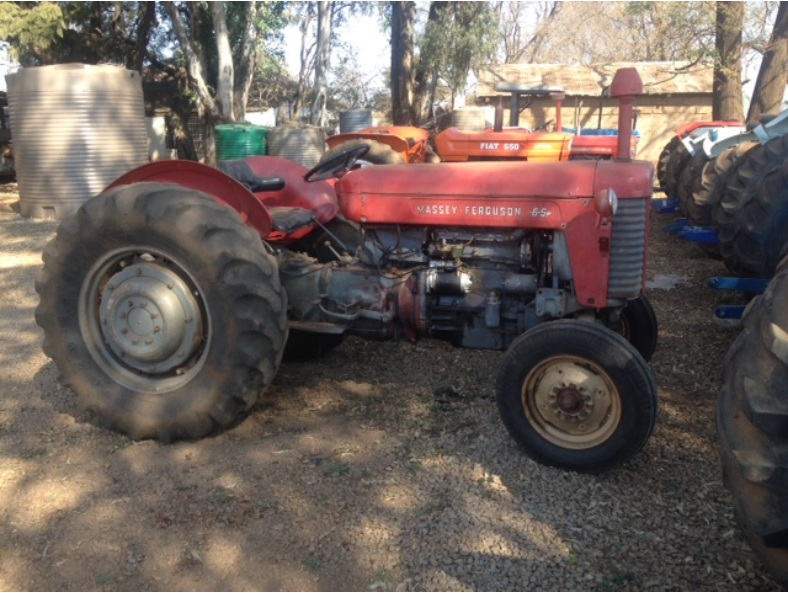 S3149 Red Massey Ferguson (MF) 65 40kW/55HP Pre-Owned Tractor