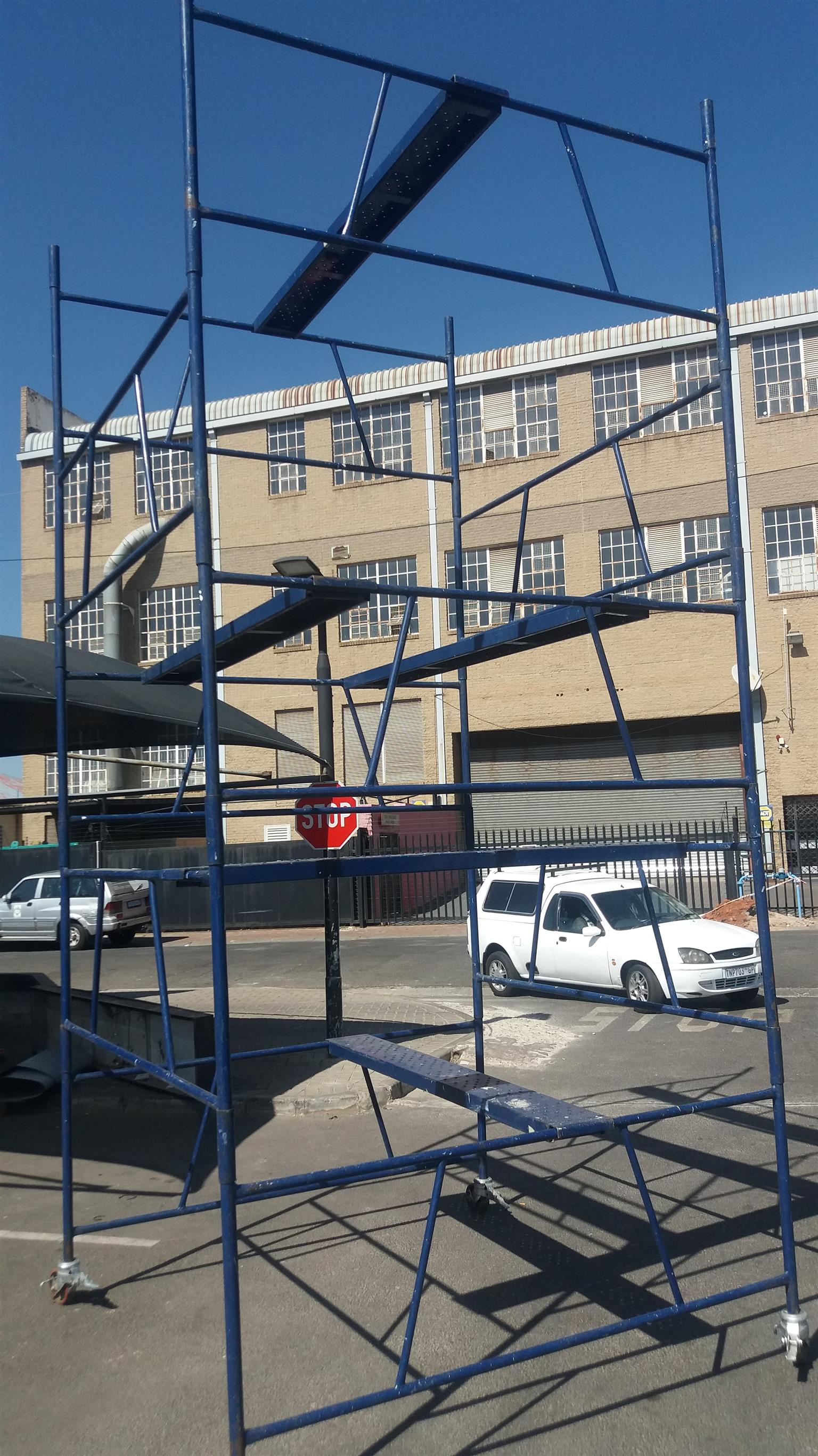 Steel Self Lock Scaffold Tower