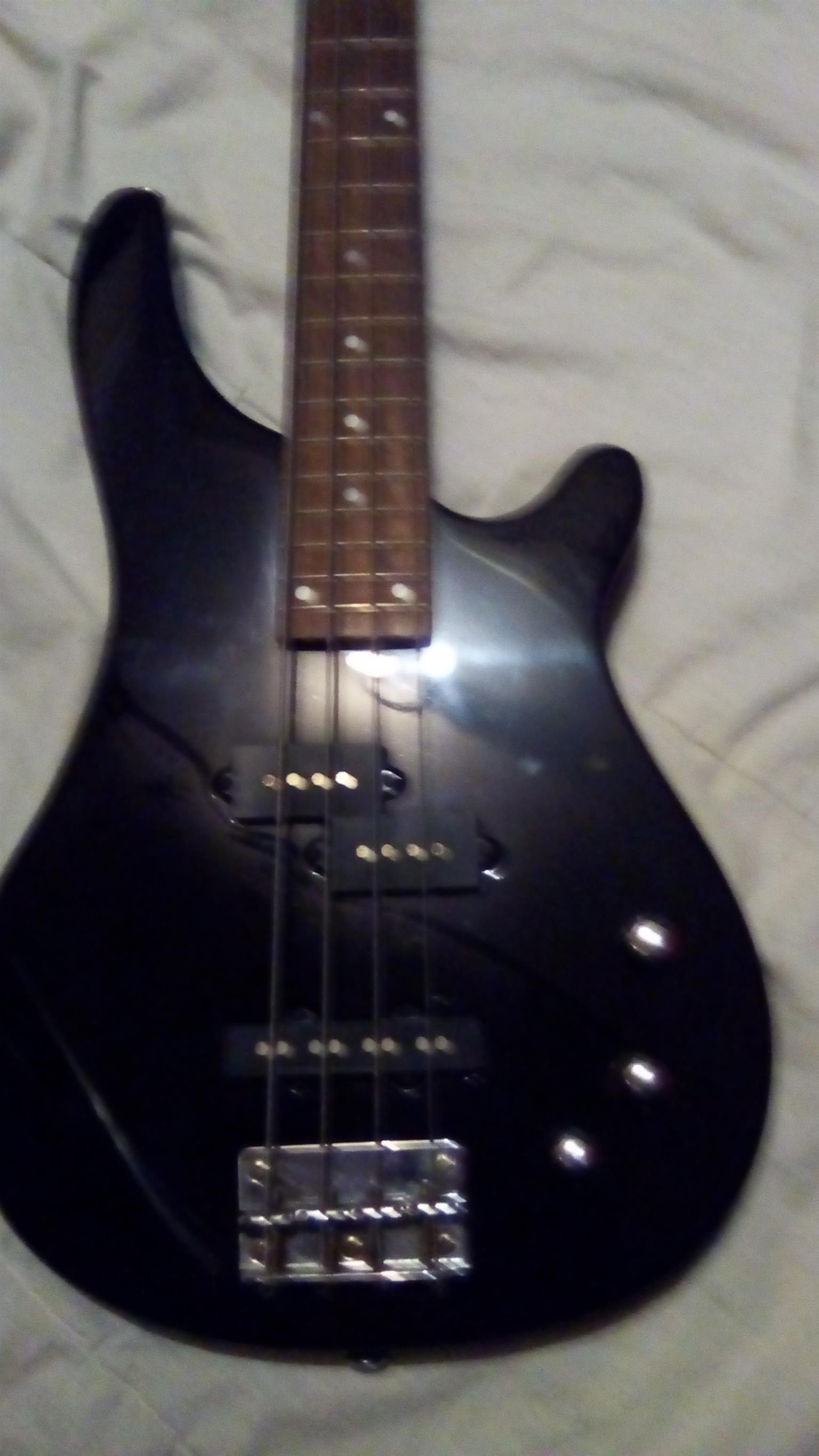 Ritmiller 4 String bass guitar