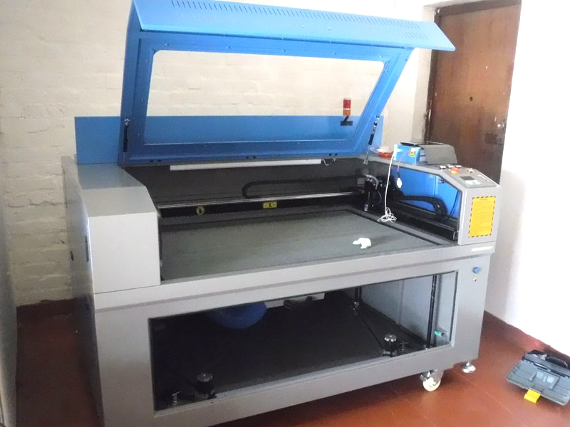 LC-1610/120 TruCUT Standard Range 1600x1000mm Cabinet, Conveyor Table Laser Cutting