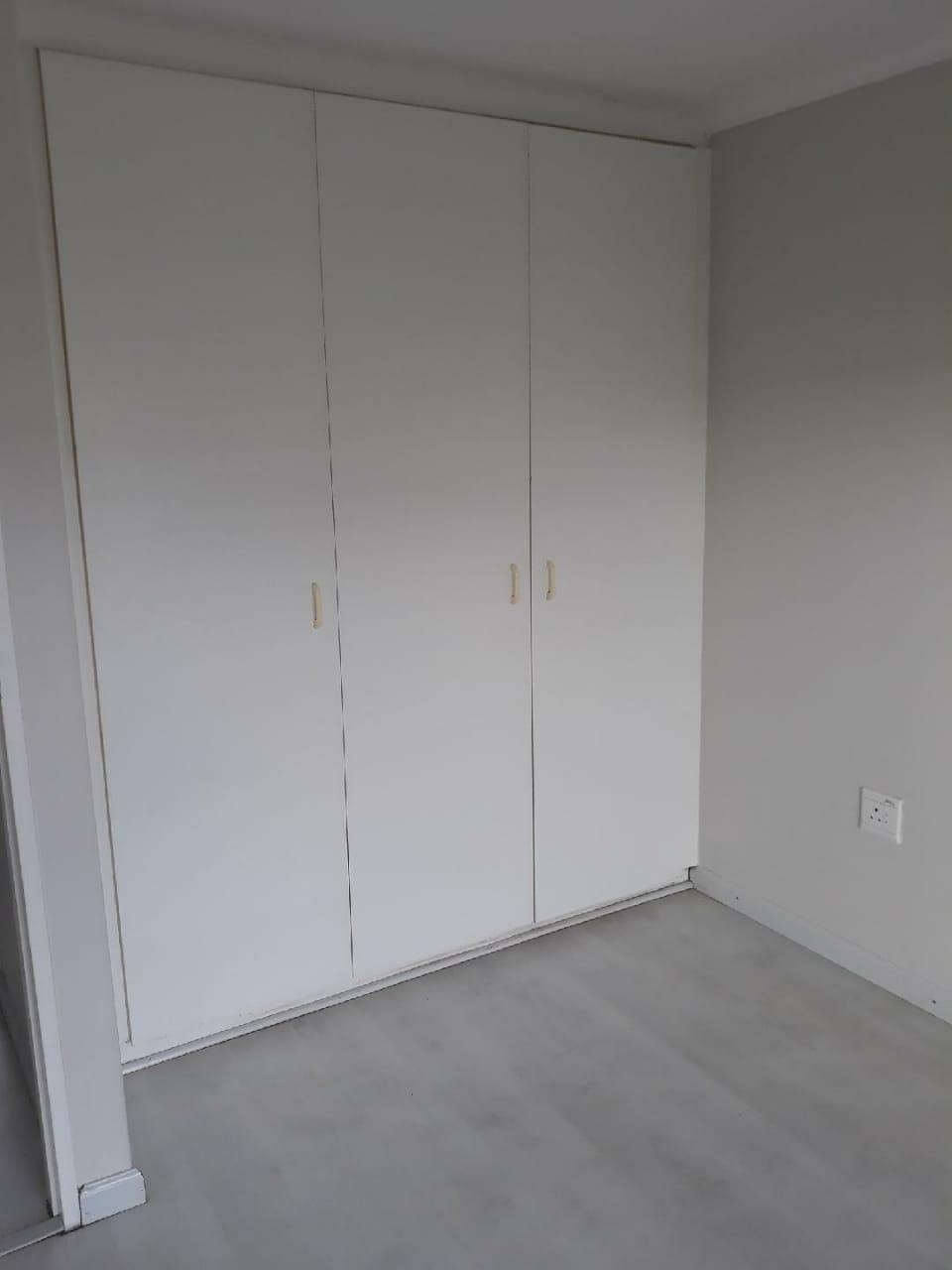 BIG BAY BEACH CLUB 2 Bedroom flat for rent