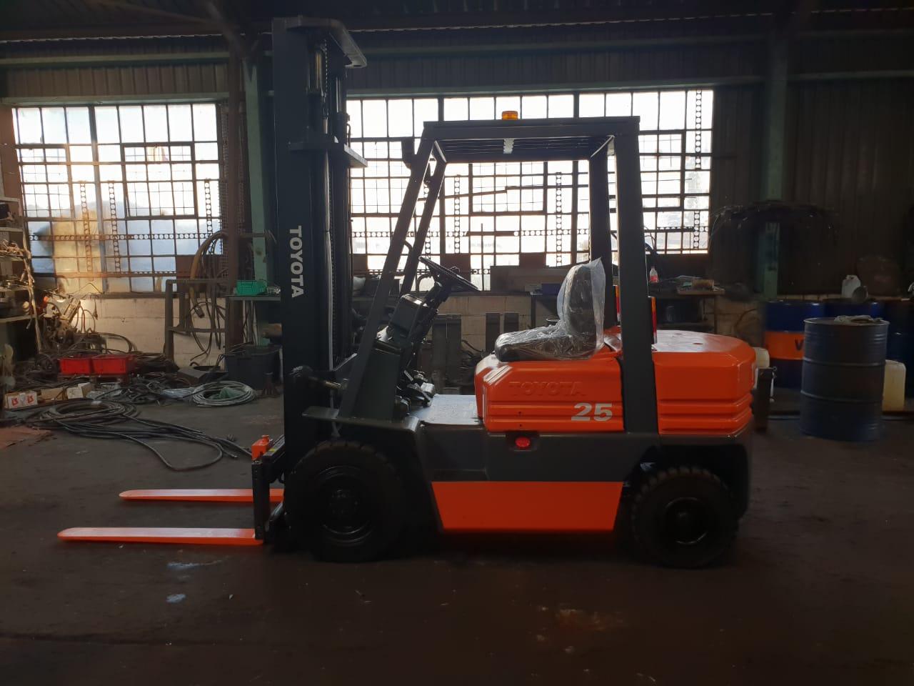 Toyota Forklift 2.5 ton petrol