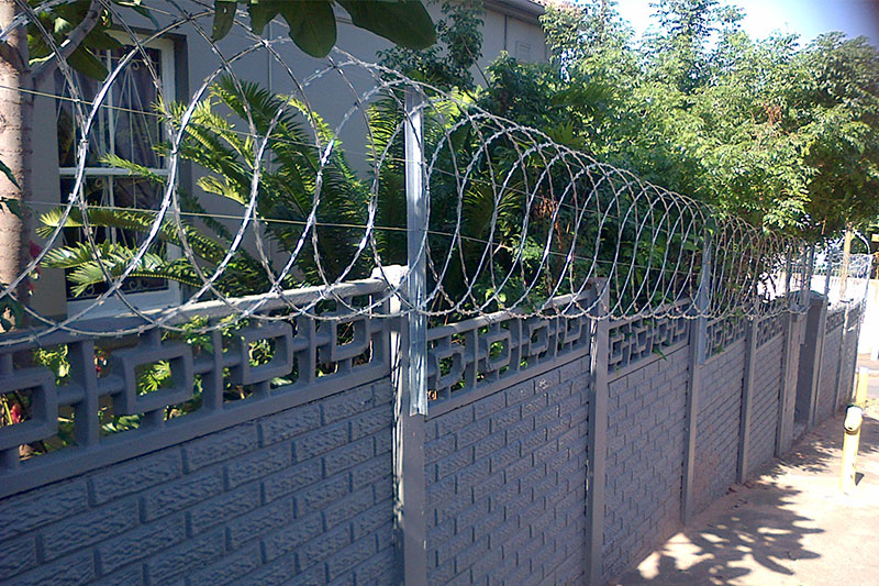 Flat wrap razor wire fully fitted