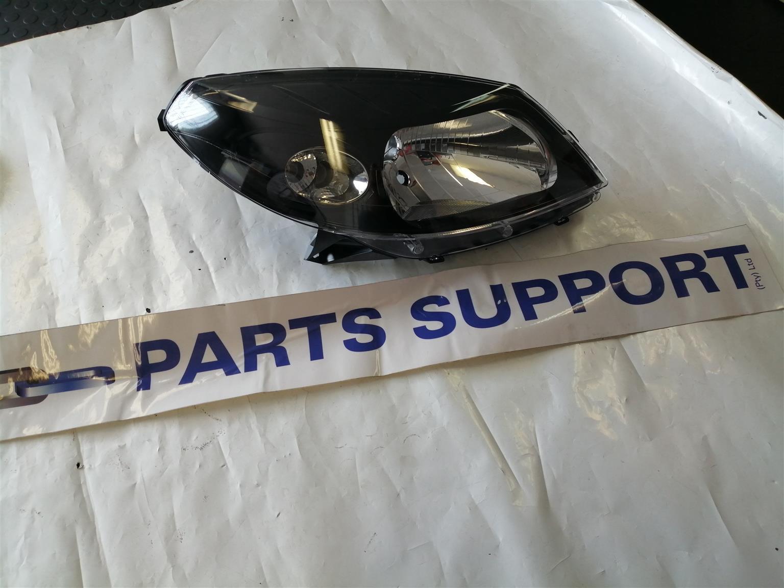 Renault Sandero Stepway Headlamp
