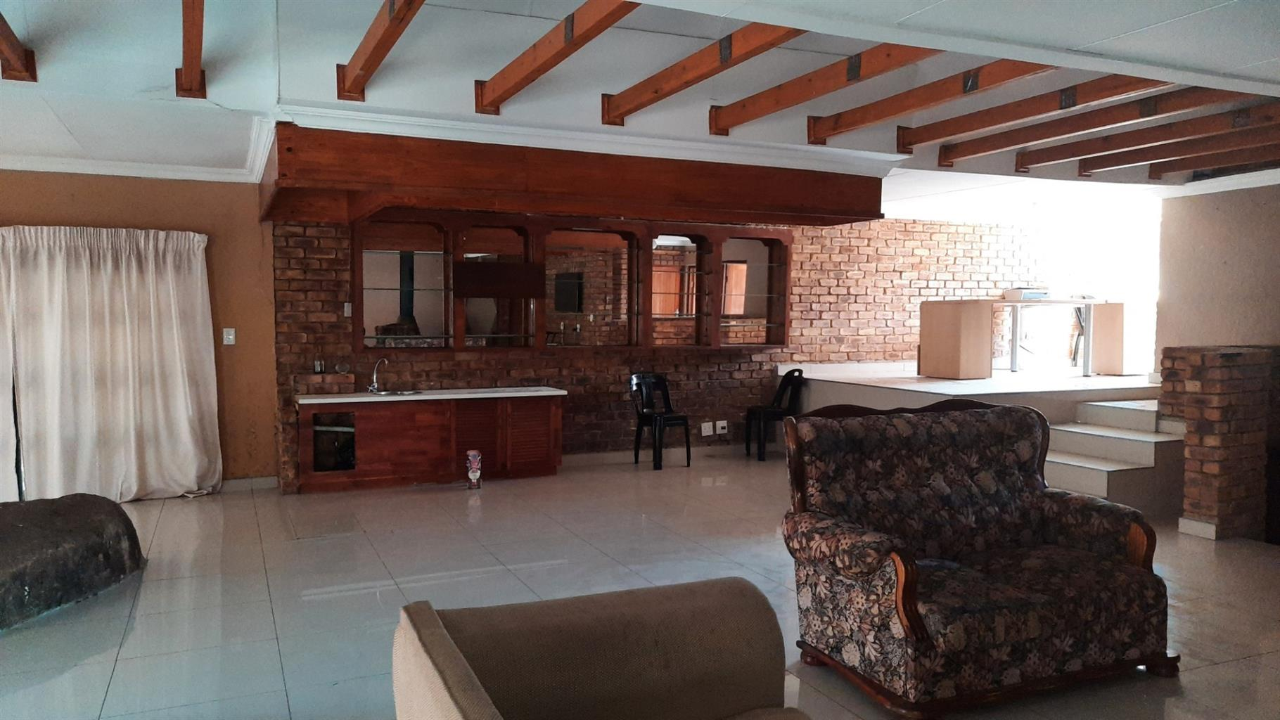 House For Sale in President Park