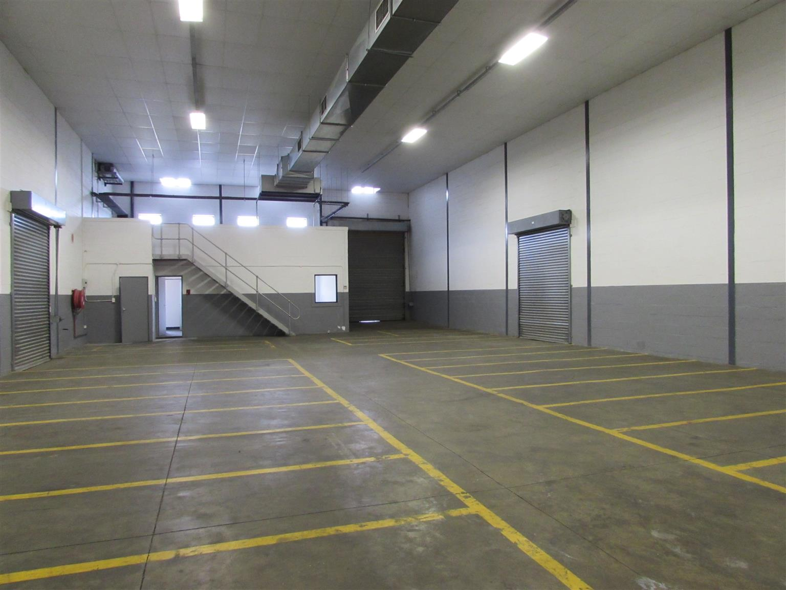 ATLAS GARDENS: 275m2 Warehouse To Let