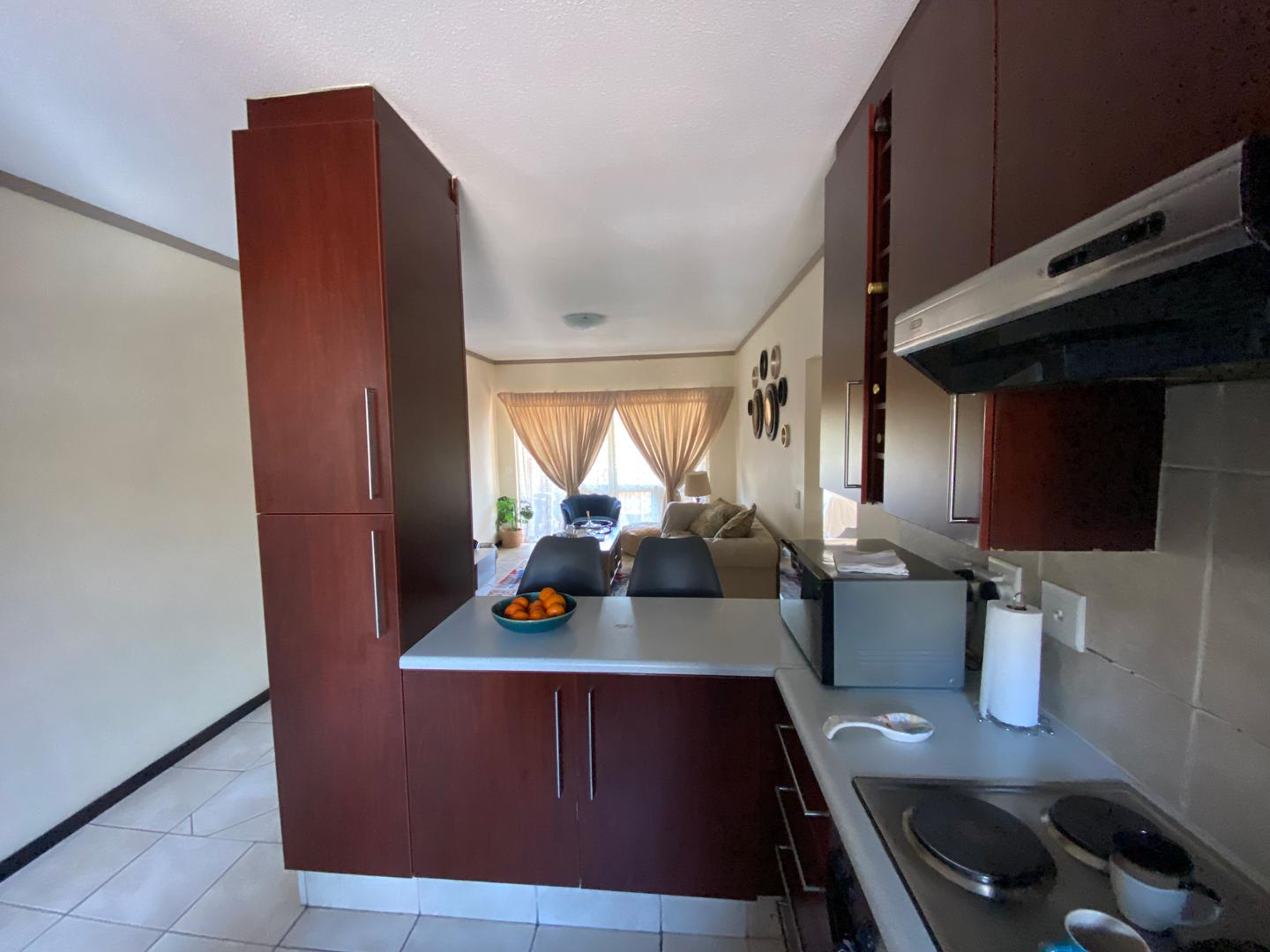 Apartment For Sale in Lonehill