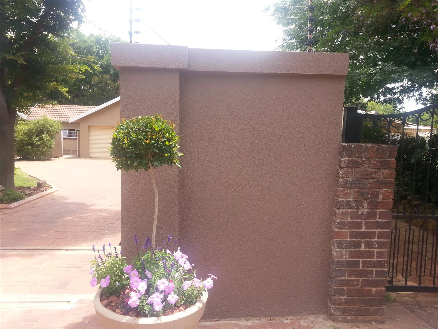 Precast extensions 2 slabs up R 390 Per section material and labour included