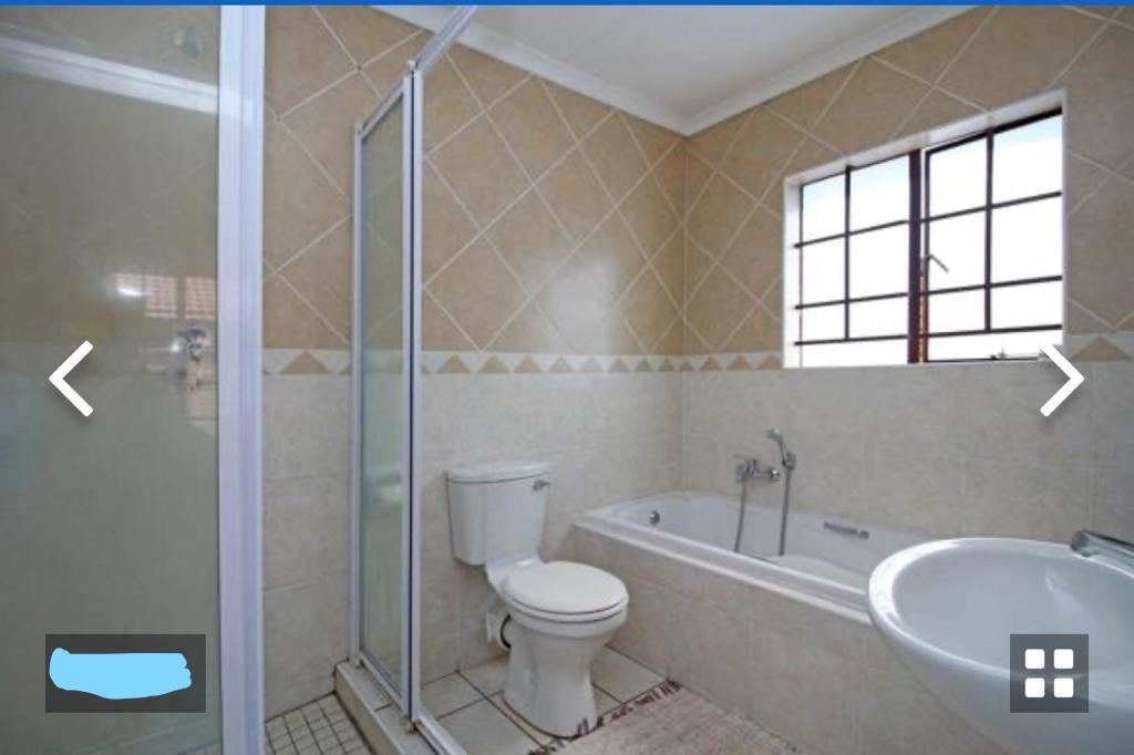 Townhouse For Sale in Pretoria East