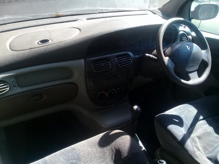 Renault Scenic I 1.6 interior parts for sale   Junk Mail