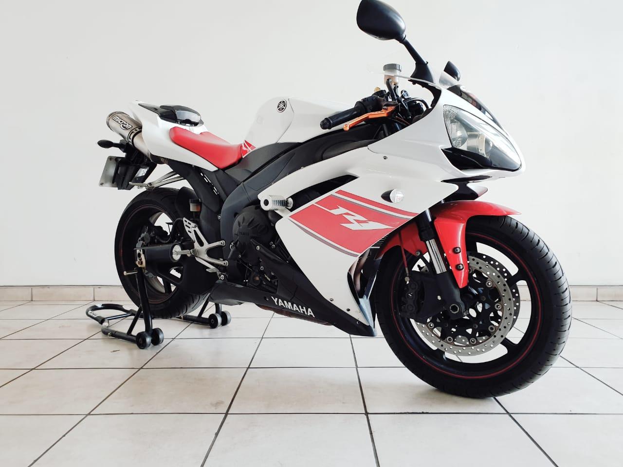2008 Yamaha YZF R1
