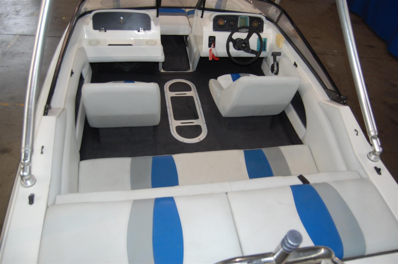 panache 1850 on trailer 200 hp Yamaha v max