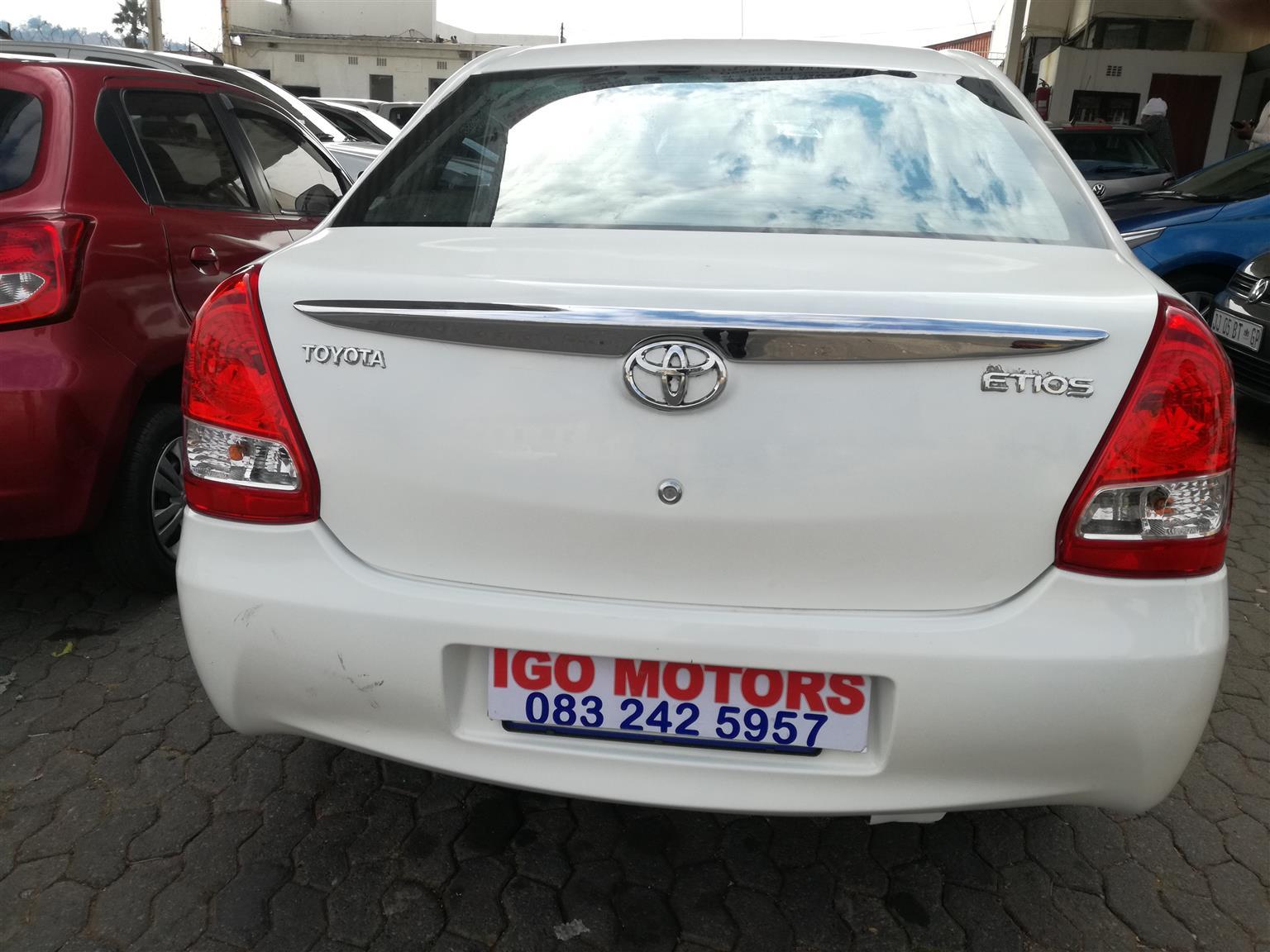 Toyota Etios Sedan 1.5Xs 2015 Model