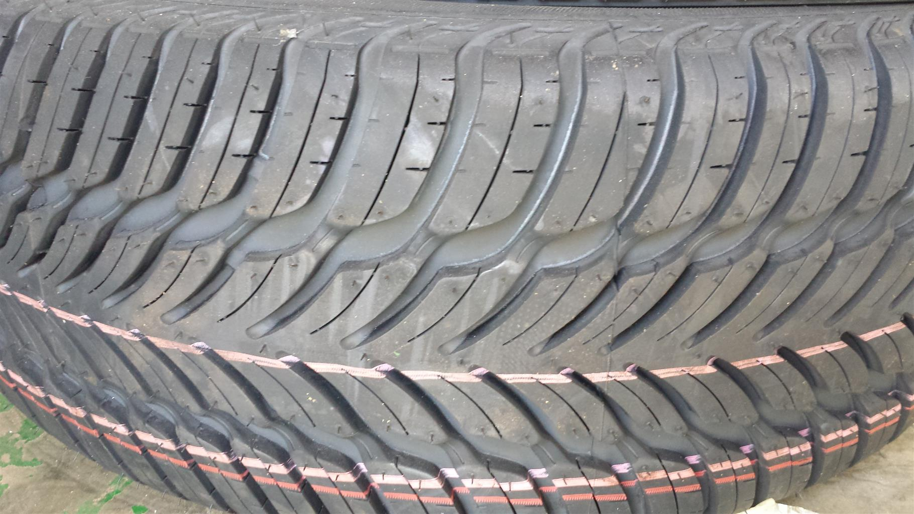 Tyres. 185.65.14 New