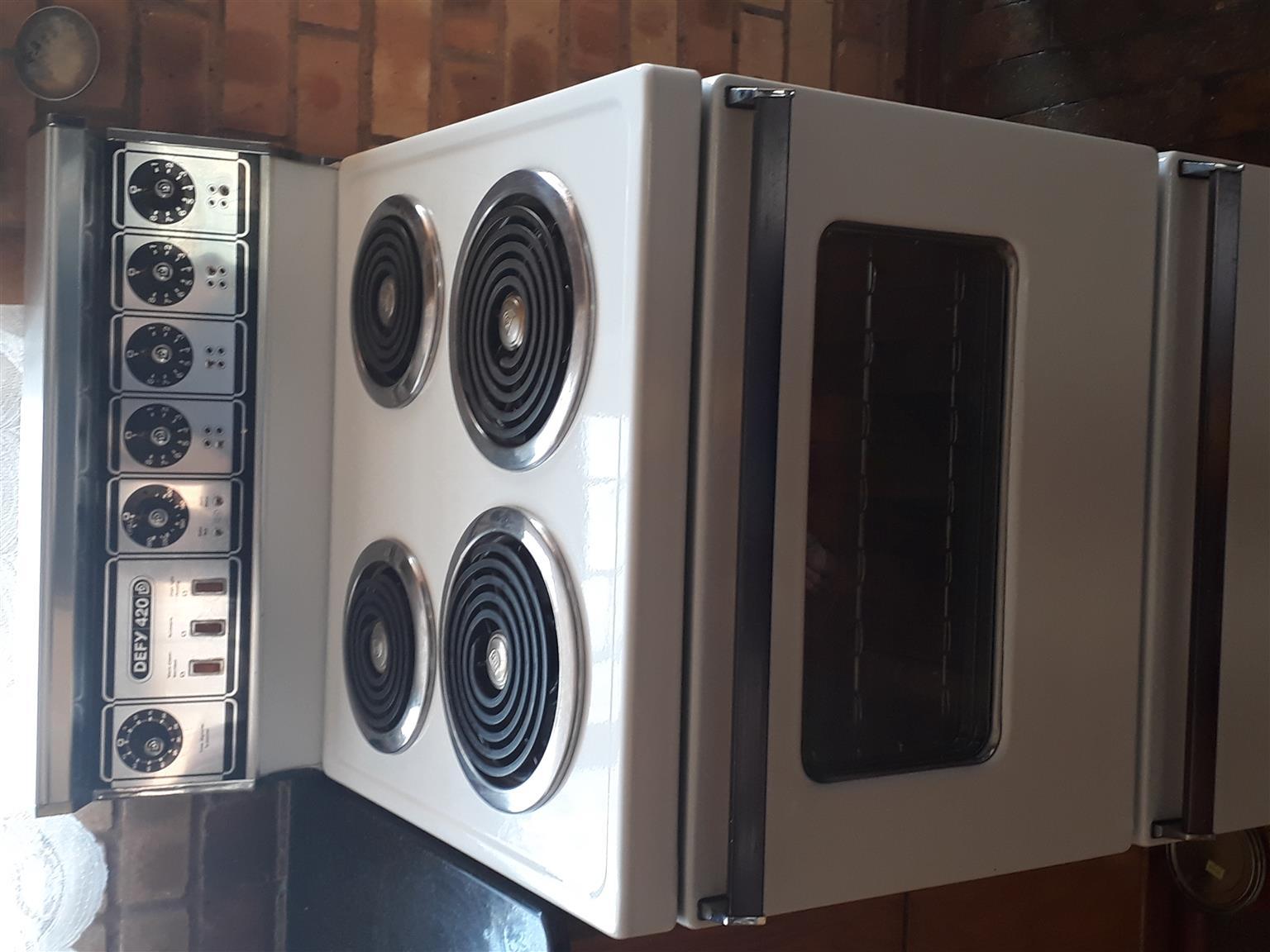 Defy 420 stove