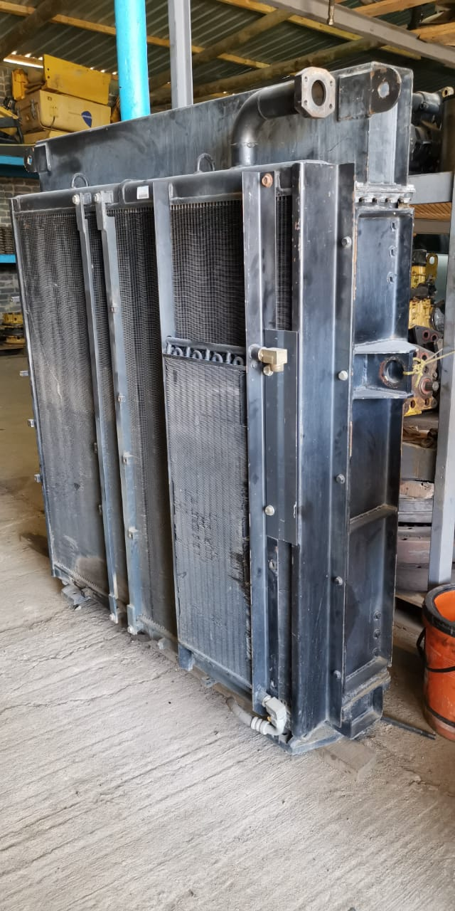Komatsu 1250-7_8 radiator