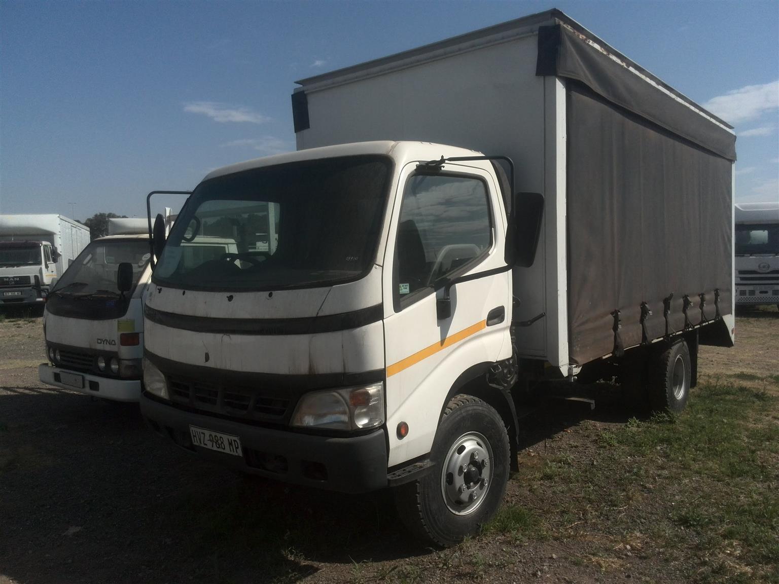 2005 - Toyota Dyna Posted by Lemeshen Pillay Ubuntu Truck Sales