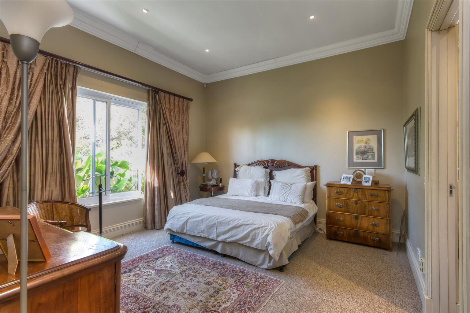 Cluster For Sale in Houghton Estate
