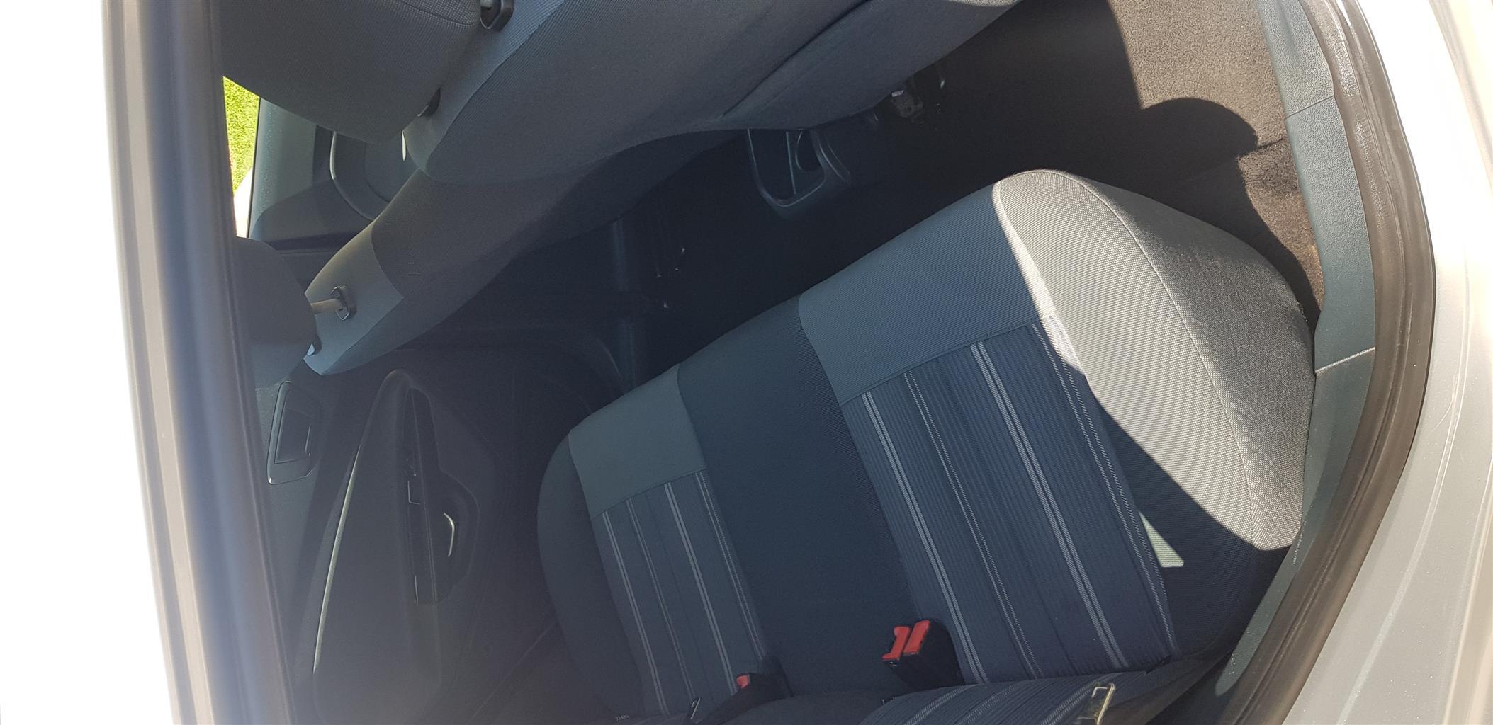 2011 Ford Fiesta 1.4i 5 door