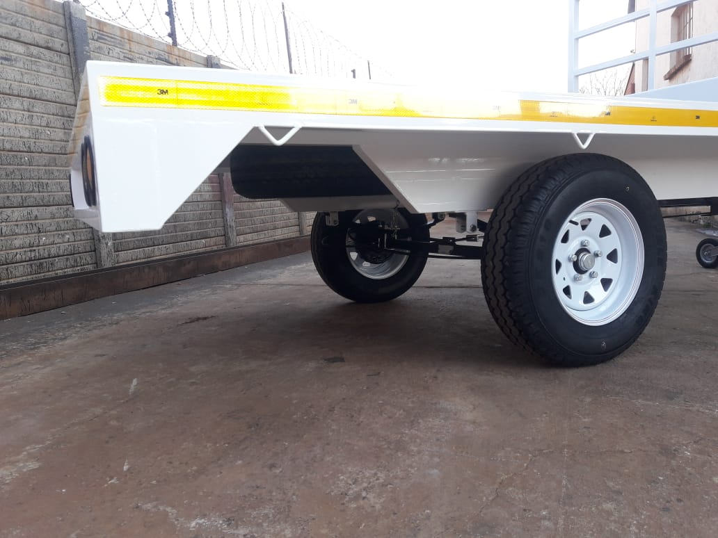 3m Flat bed trailers for sale