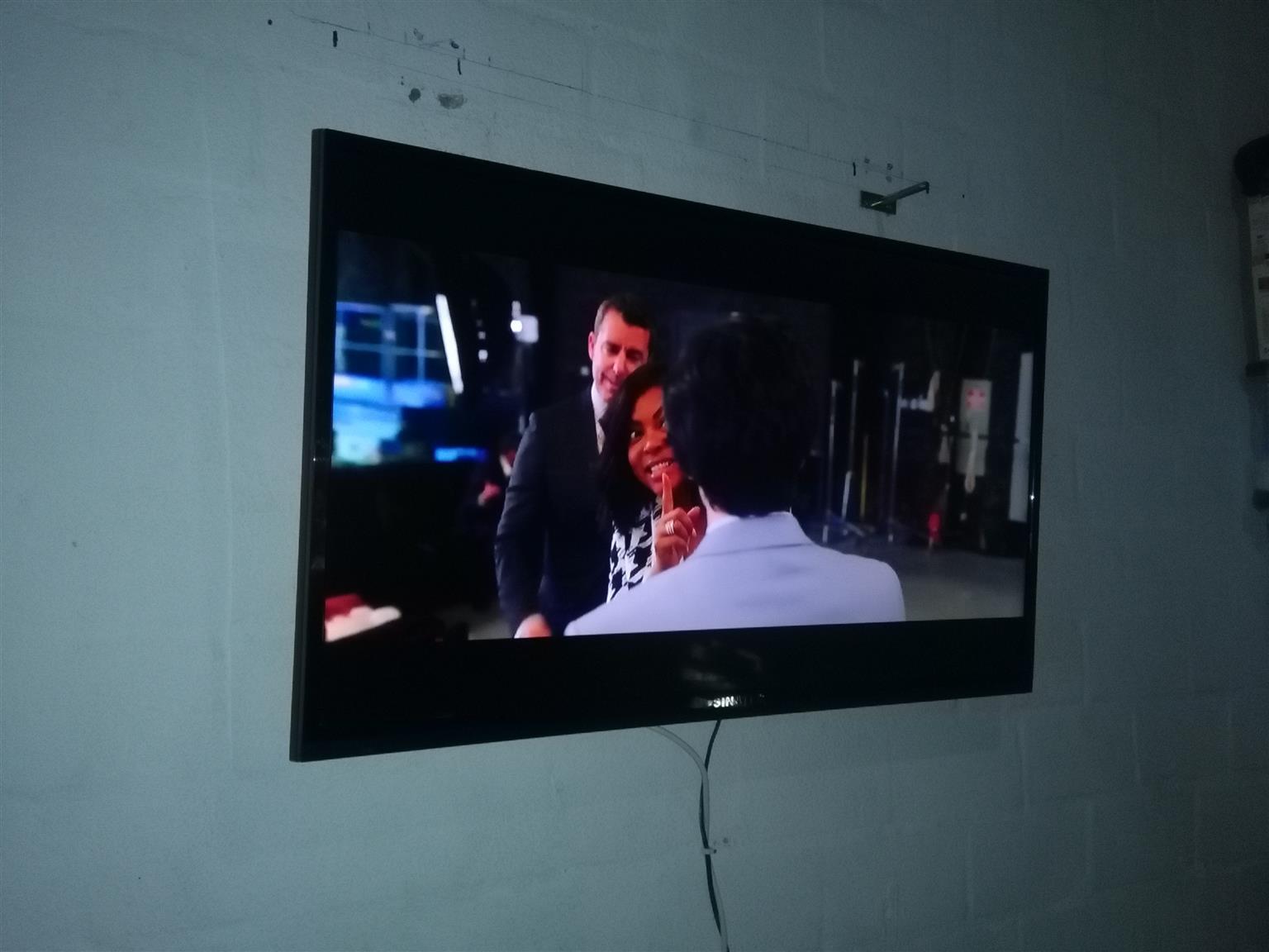 "Sinotec 39"" LCD TV"