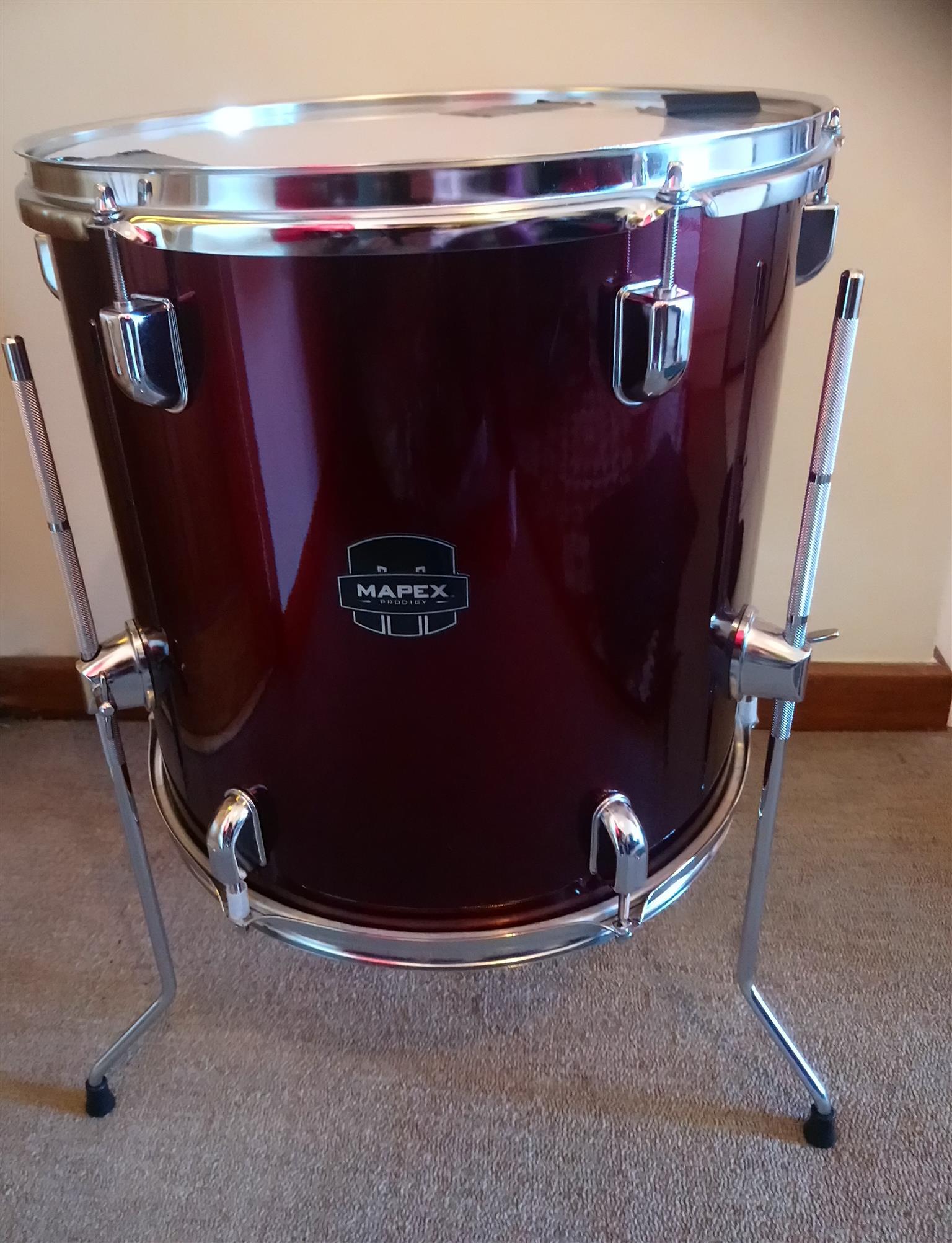 Mapex Prodigy Drum Set