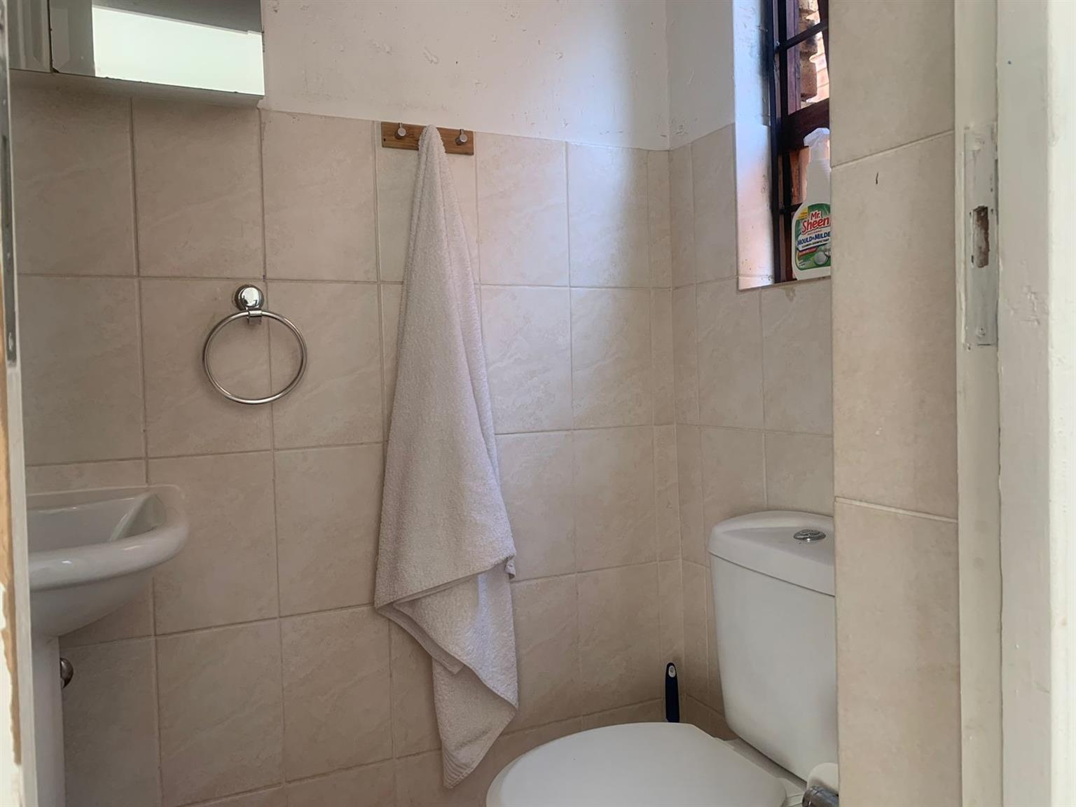 Townhouse For Sale in North Riding AH