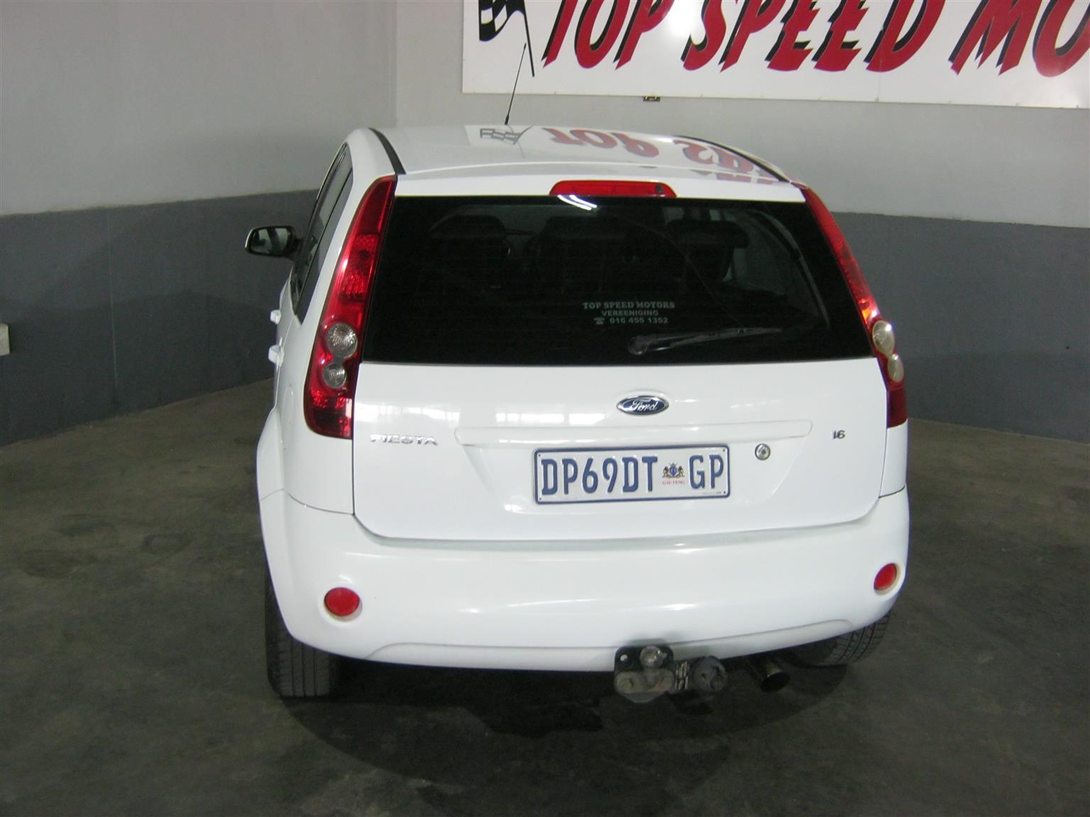 2009 Ford Fiesta 1.6i 5 door Ghia