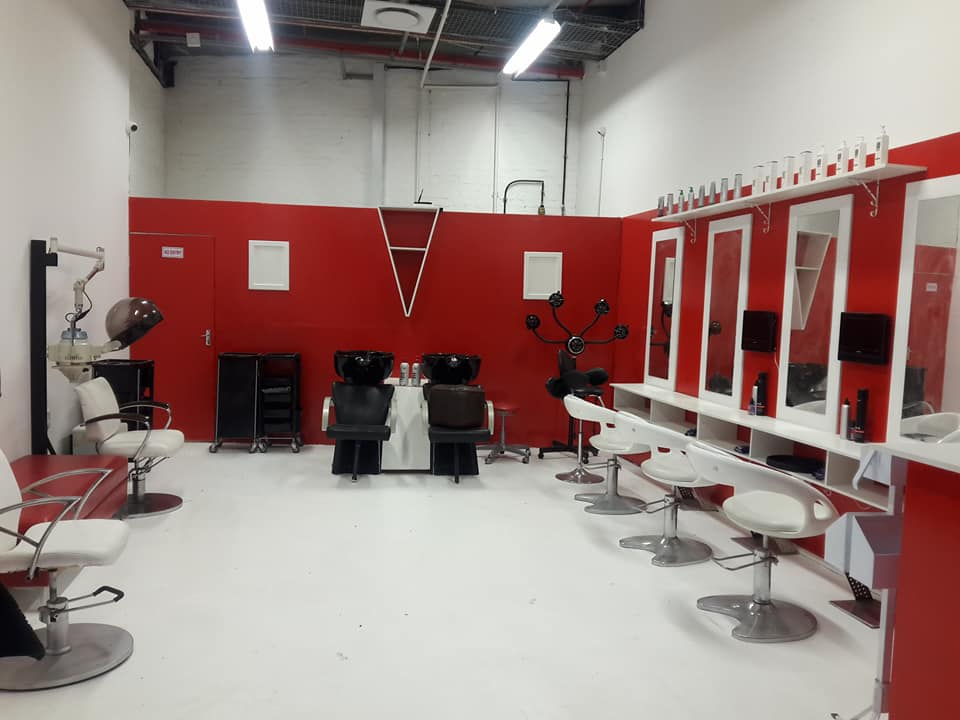 Very busy hair & beauty salon for sale