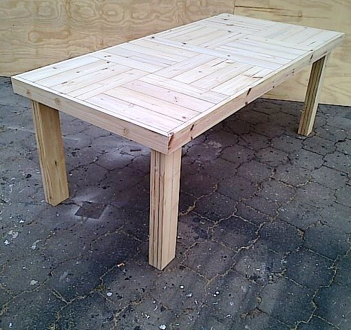 Patio table Farmhouse series 2100 Varnished
