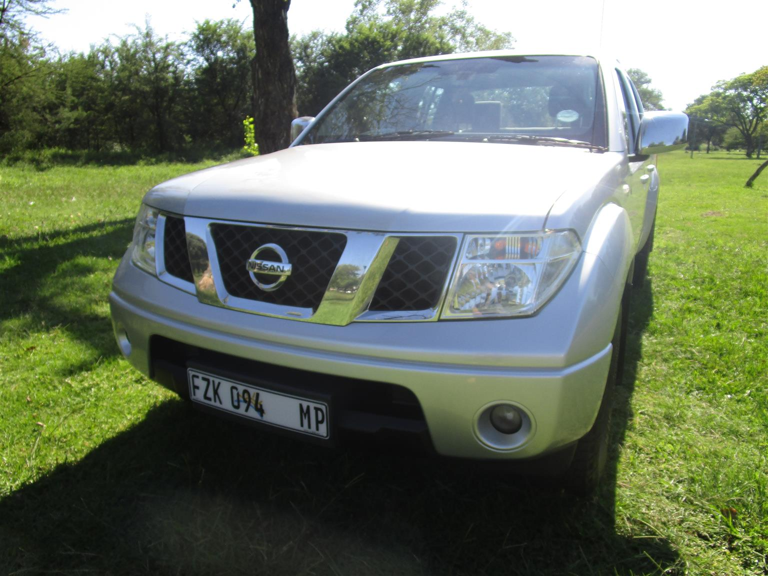 2013 Nissan Navara 2.5dCi double cab 4x4 LE