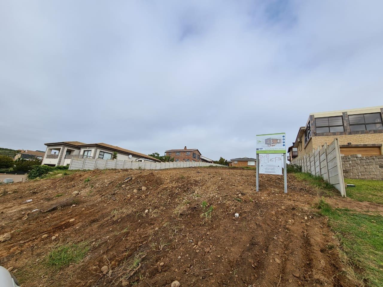 House For Sale in Hartenbos Heuwels