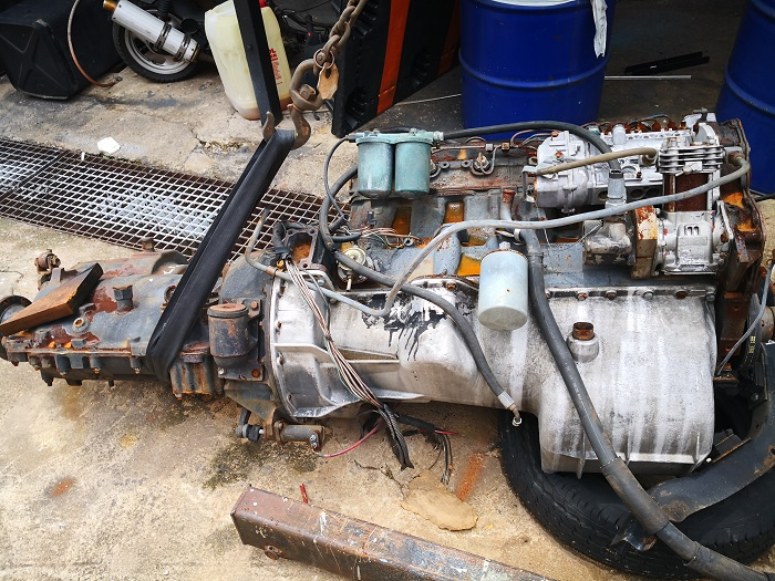 Complete D1414 engine & gearbox