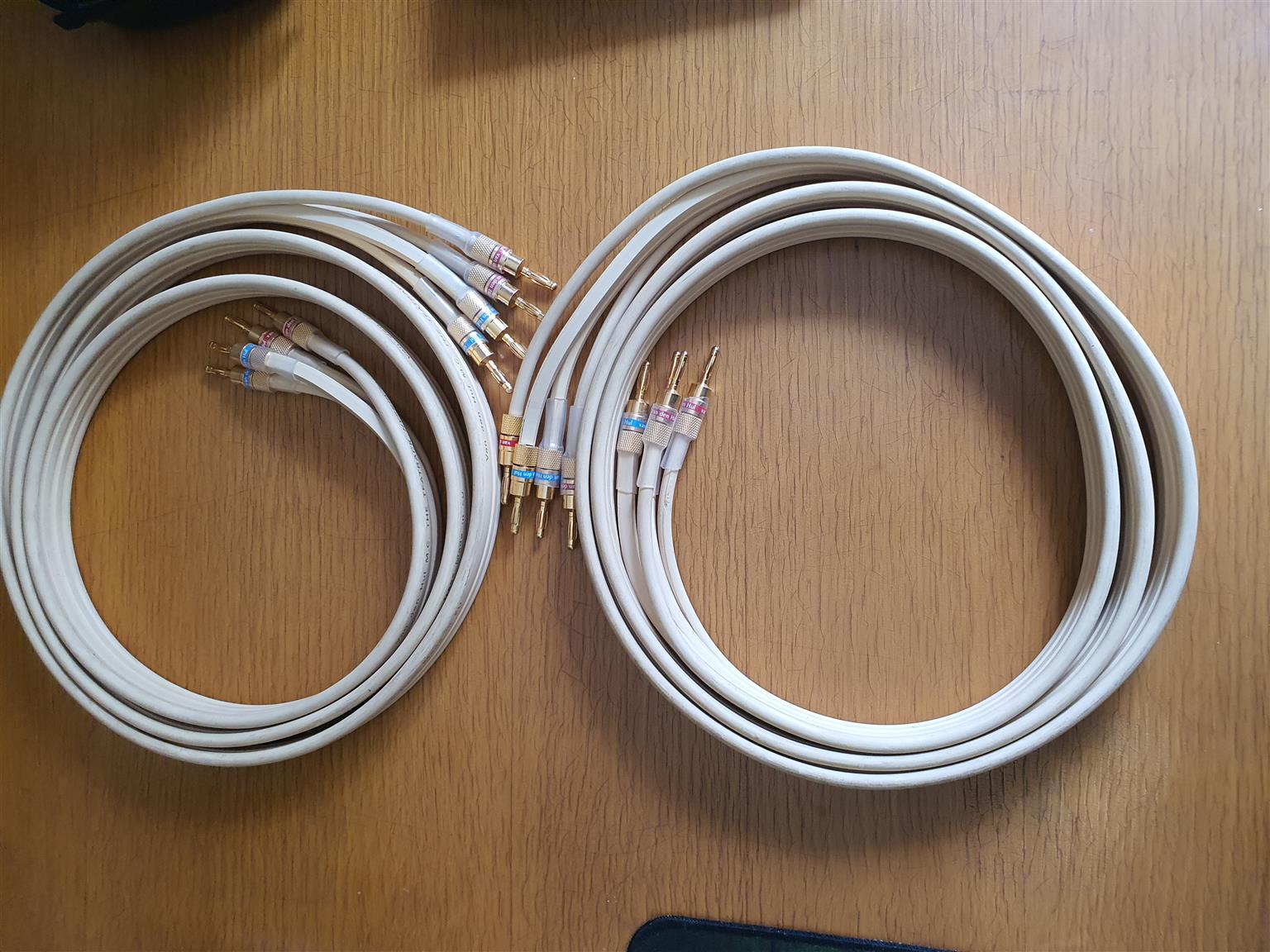 Van Den Hul Bi-Wire Speaker Cable