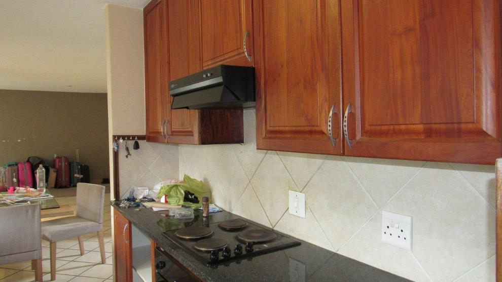 A beautiful 3 bedroom house to let in Eco Park Centurion.