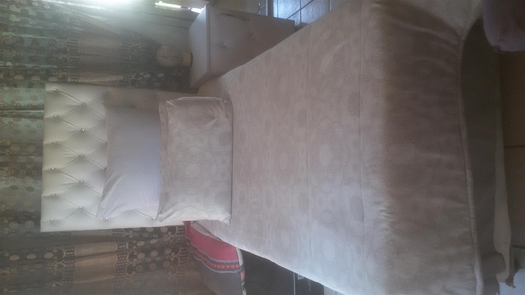 Single bed for sale in Roodepoort
