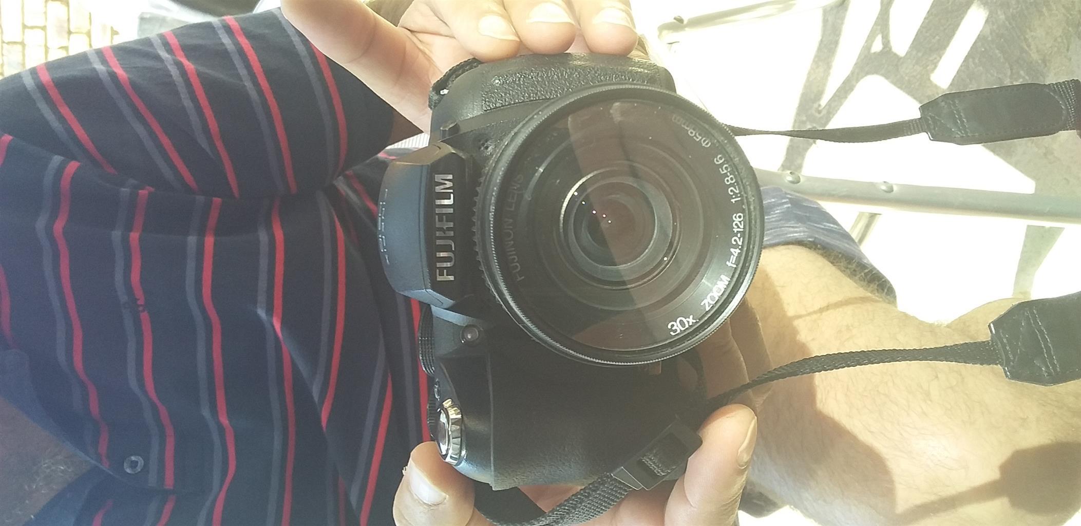 Fujifilm HS 10 Camera for sale