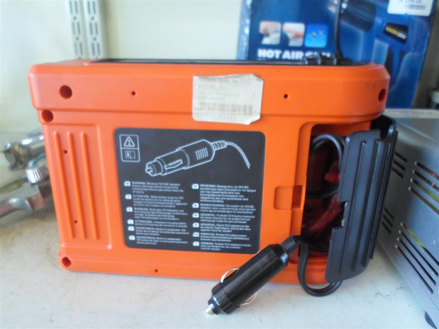 12V Black and Decker Jump Start Kit